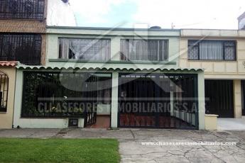 CL 67 CON CRA 63, J VARGAS, Bogota, ,Casa,Venta,1076